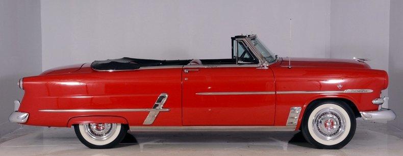 1953 Ford Crestline Image 41