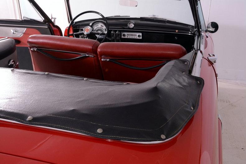 1953 Ford Crestline Image 42