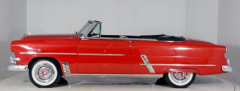 1953 Ford Crestline Image 56