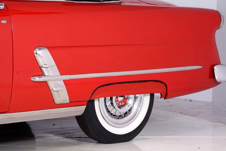 1953 Ford Crestline Image 73