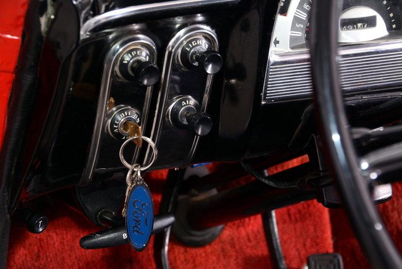 1953 Ford Crestline Image 77