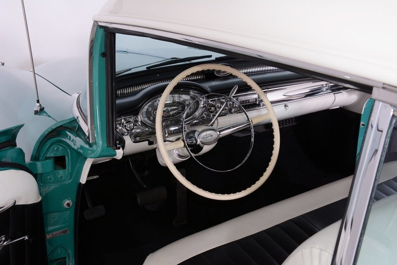 1957 Oldsmobile 88 Image 2