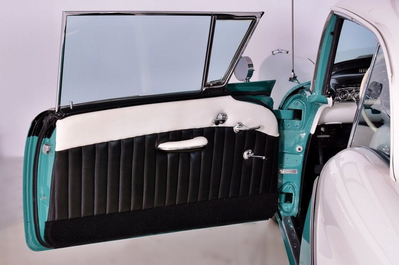 1957 Oldsmobile 88 Image 11