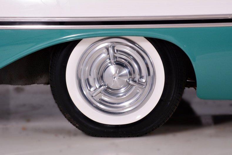 1957 Oldsmobile 88 Image 15