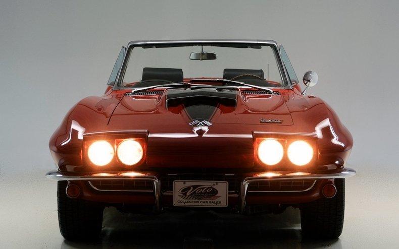 1966 Chevrolet Corvette Image 9