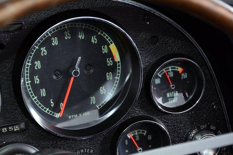 1966 Chevrolet Corvette Image 12