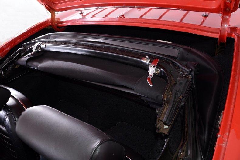 1966 Chevrolet Corvette Image 15