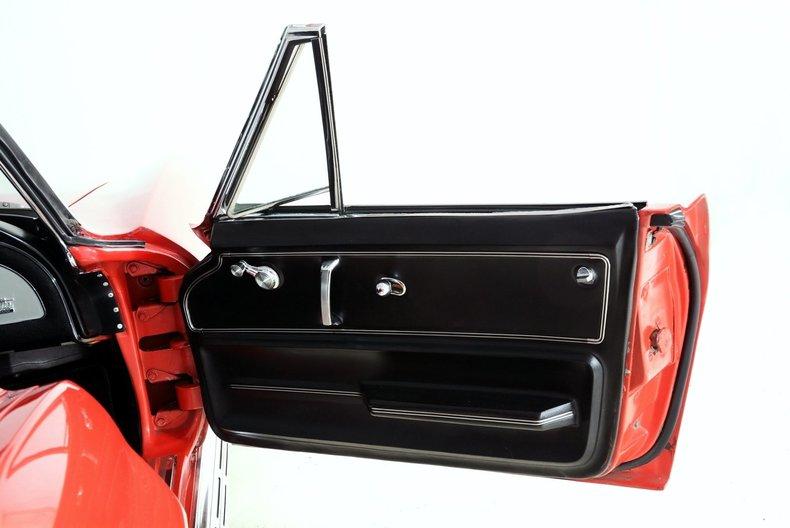 1966 Chevrolet Corvette Image 39