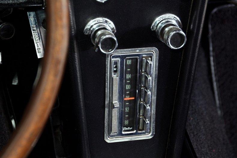 1966 Chevrolet Corvette Image 42