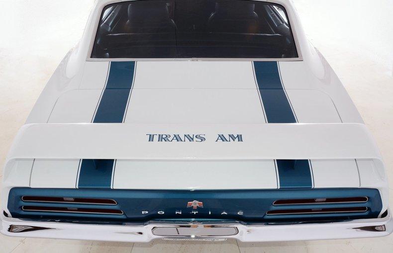 1969 Pontiac  Image 9