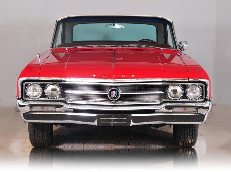 1964 Buick Wildcat Image 5