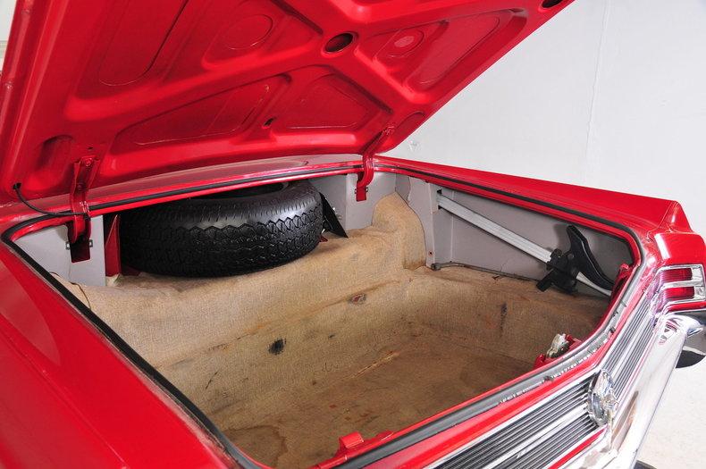1964 Buick Wildcat Image 12