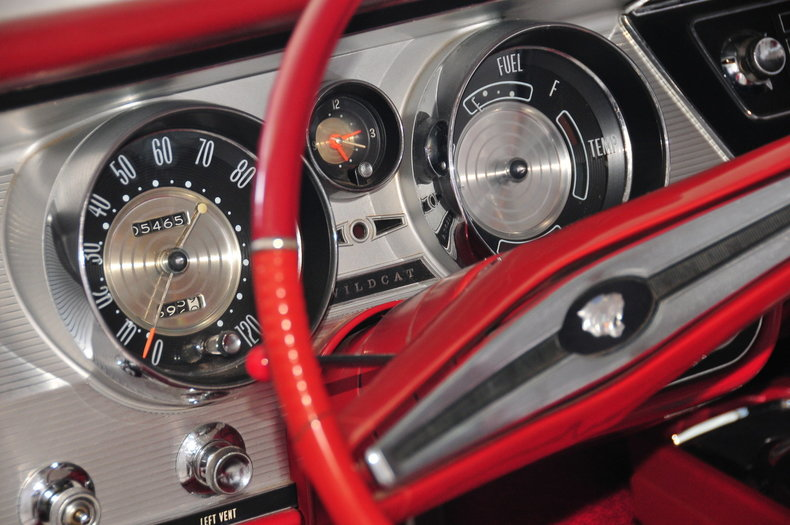 1964 Buick Wildcat Image 17