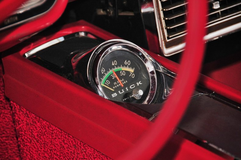 1964 Buick Wildcat Image 39