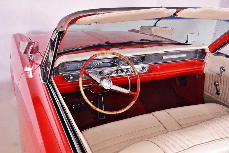 1964 Pontiac Catalina Image 2