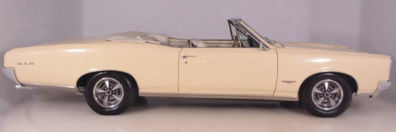 1966 Pontiac GTO Image 11