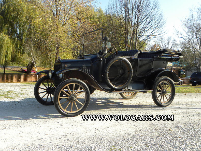1917 Ford Model T Image 1