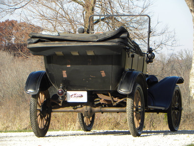 1917 Ford Model T Image 6