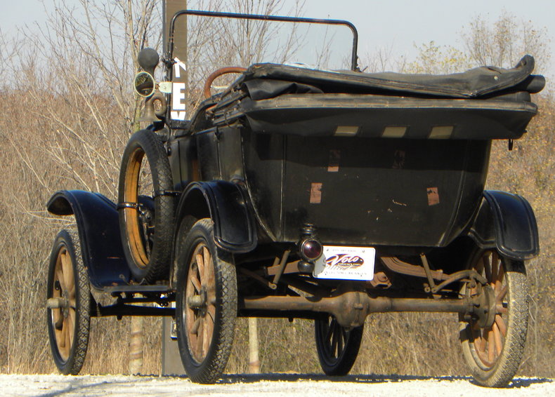 1917 Ford Model T Image 8