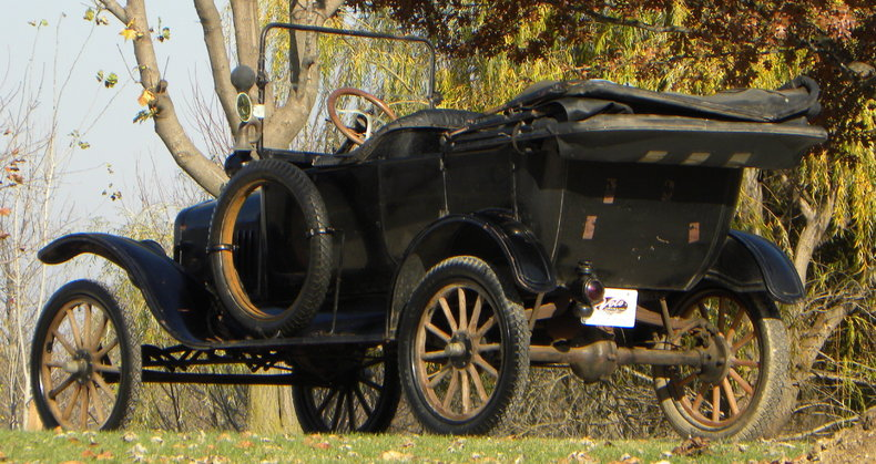 1917 Ford Model T Image 9