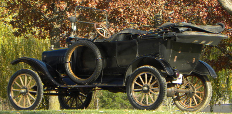 1917 Ford Model T Image 10