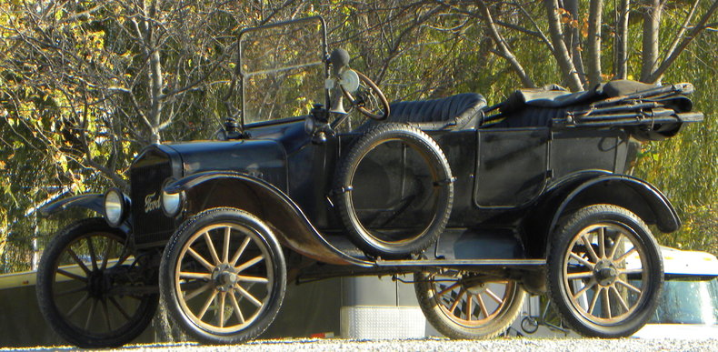 1917 Ford Model T Image 12