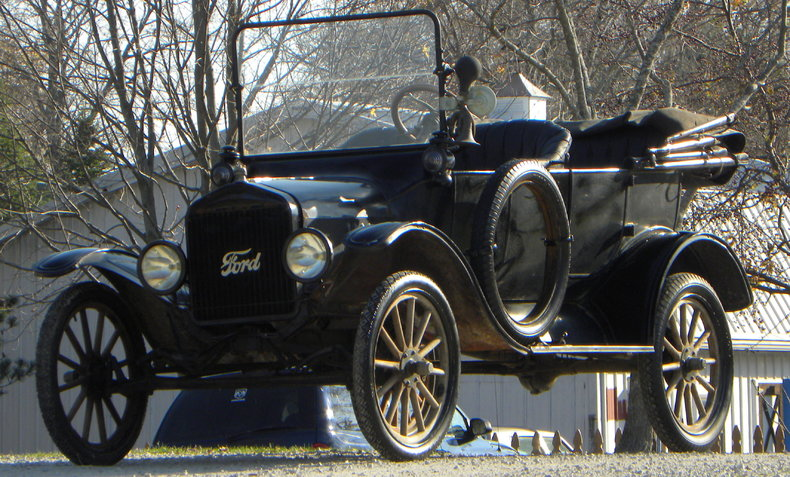 1917 Ford Model T Image 14