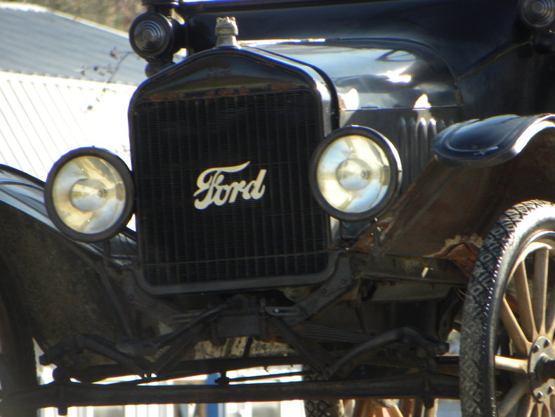 1917 Ford Model T Image 15