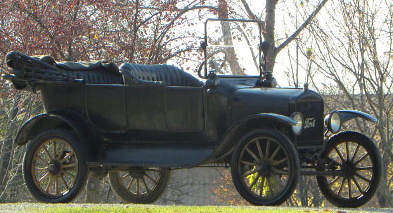 1917 Ford Model T Image 18