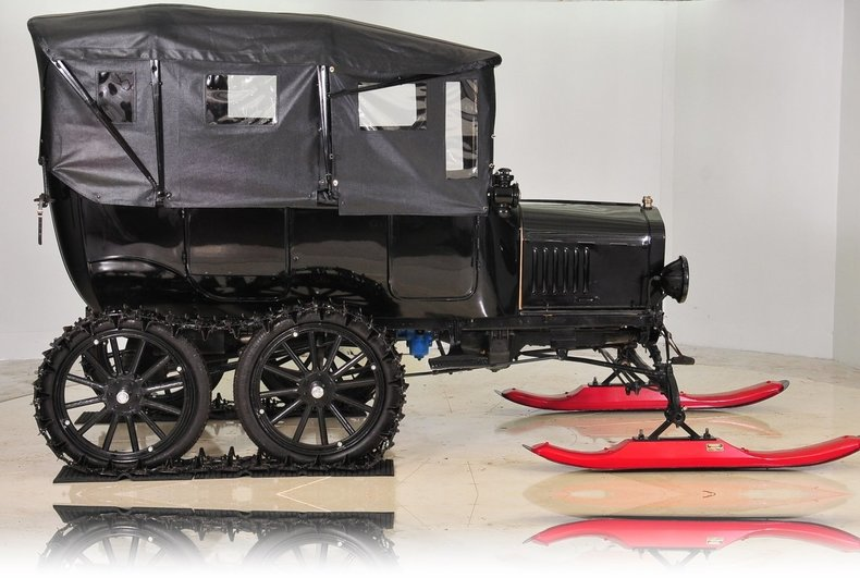 1919 Ford  Image 10