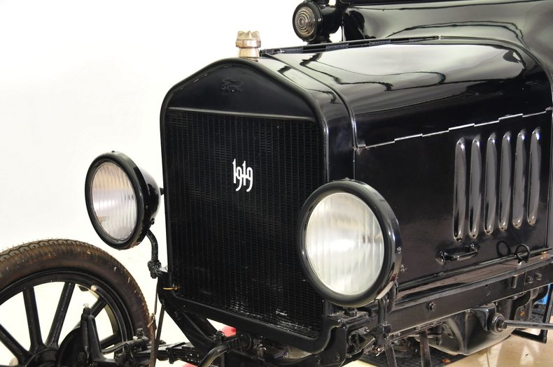 1919 Ford  Image 27