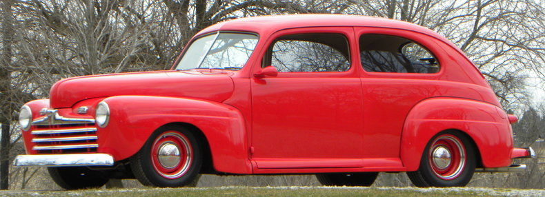 1947 Ford Deluxe Image 3
