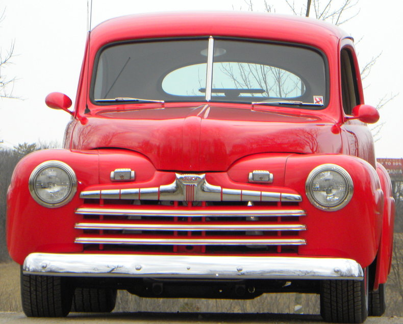 1947 Ford Deluxe Image 6