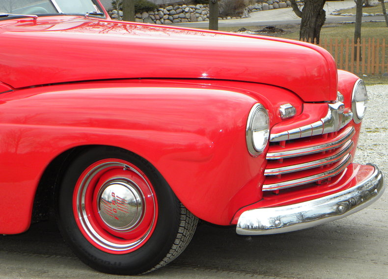1947 Ford Deluxe Image 10