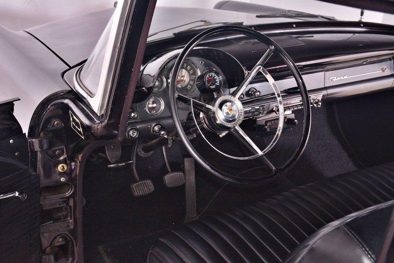 1956 Ford Customline Image 2