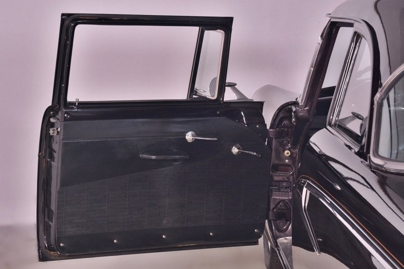 1956 Ford Customline Image 14