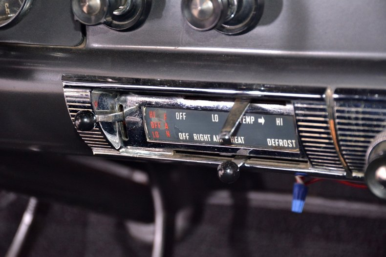 1956 Ford Customline Image 30