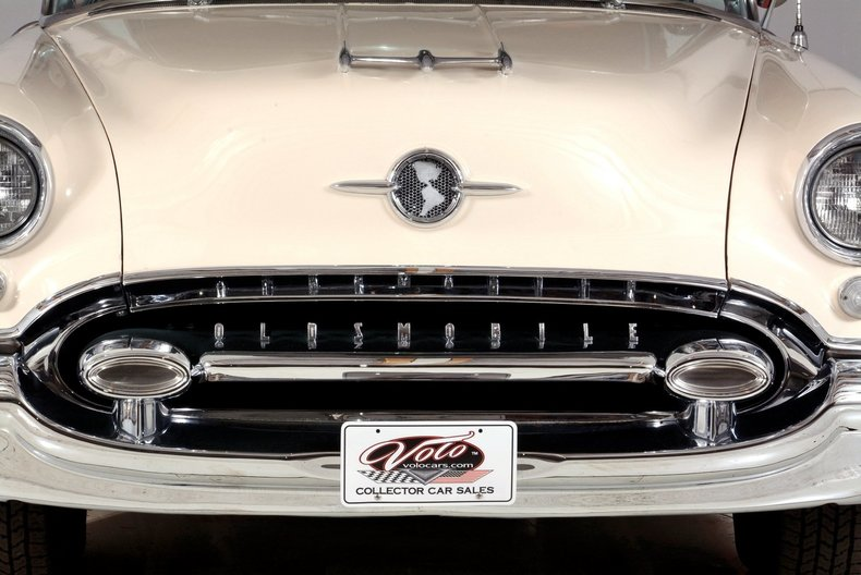 1955 Oldsmobile 98 Image 5