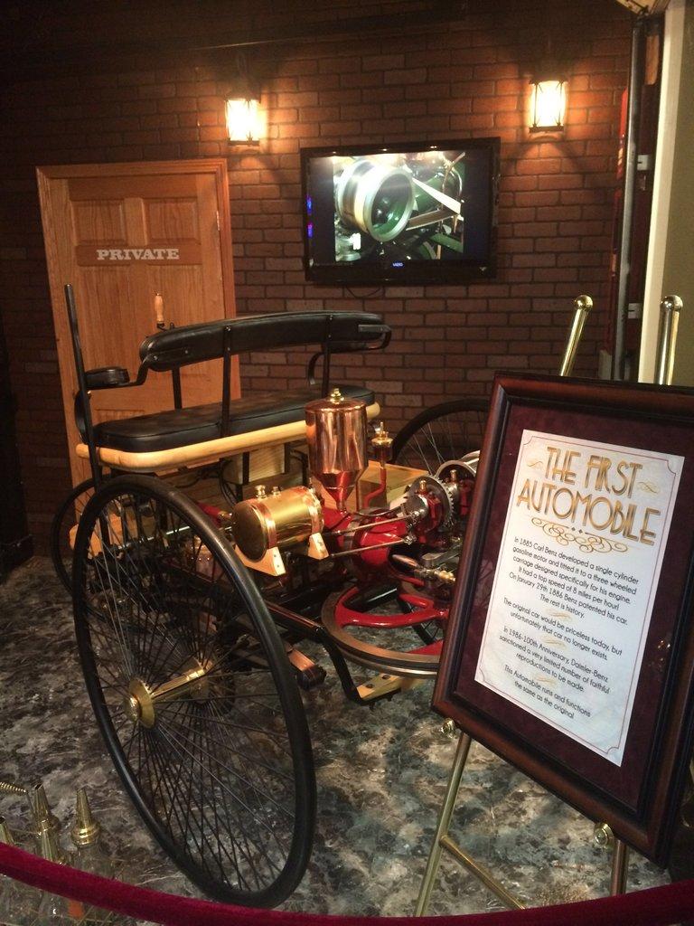 1886 Benz Motorwagen Image 2