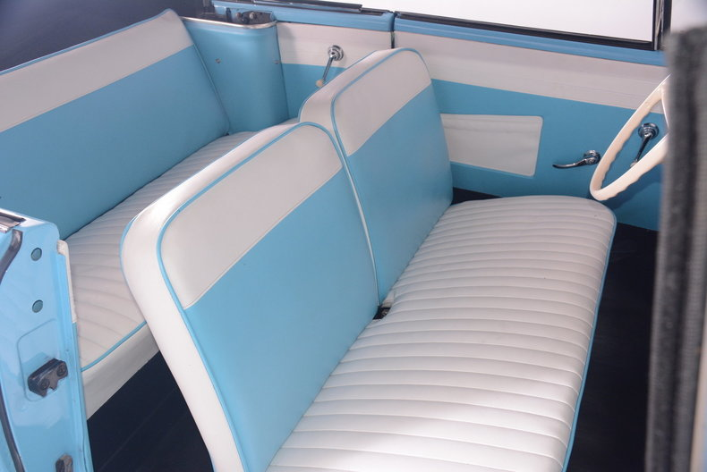 1967 Amphicar 770 Image 6