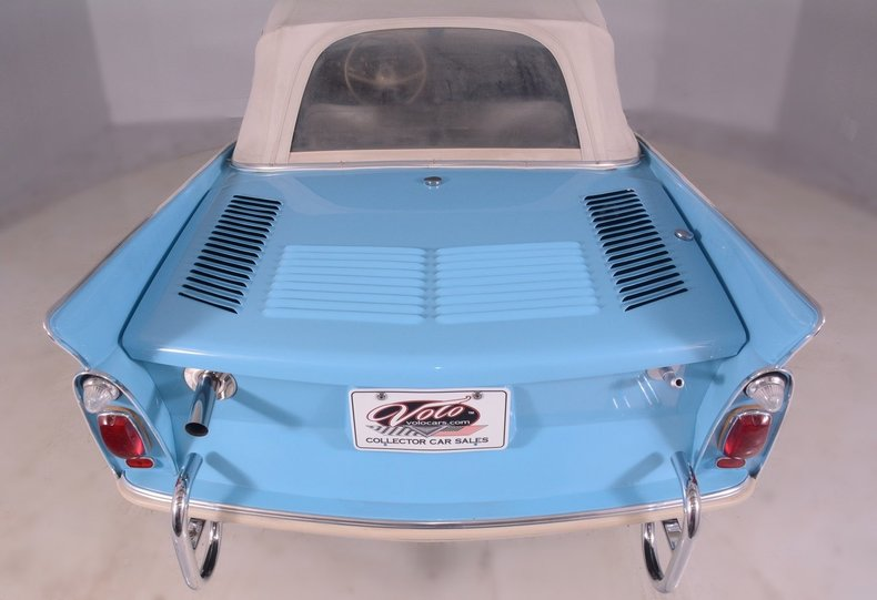 1967 Amphicar 770 Image 13