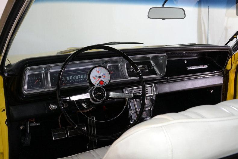 1966 Chevrolet Impala Image 2