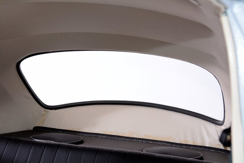 1966 Volkswagen Beetle Image 20