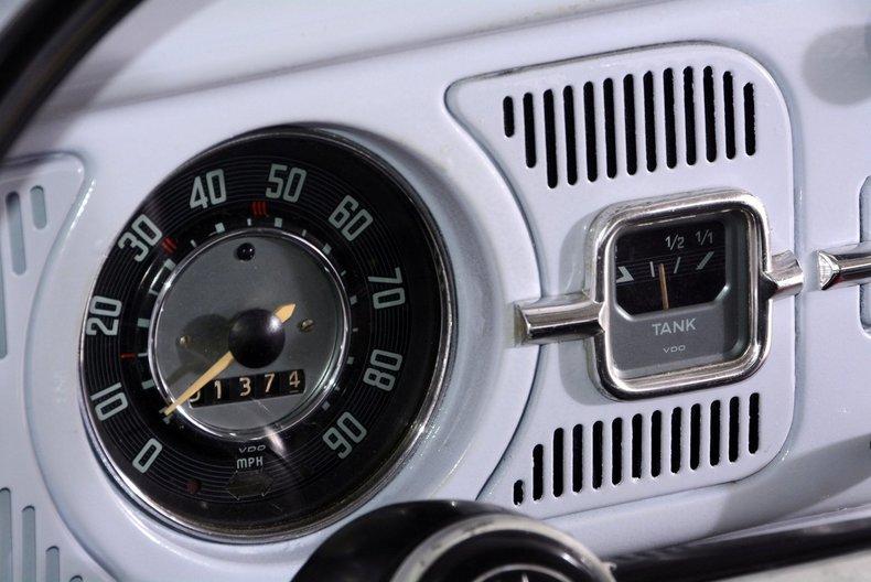 1966 Volkswagen Beetle Image 27