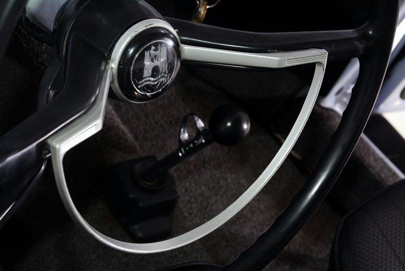 1966 Volkswagen Beetle Image 28