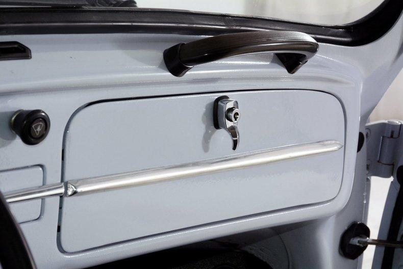 1966 Volkswagen Beetle Image 30