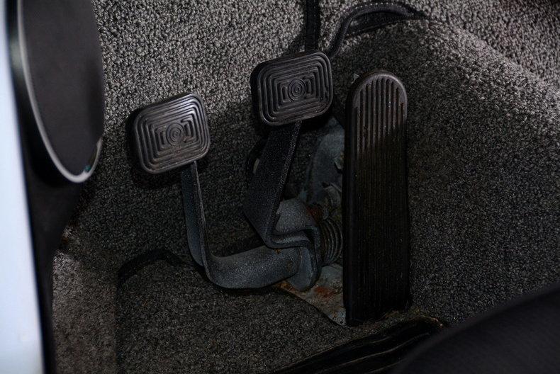 1966 Volkswagen Beetle Image 34