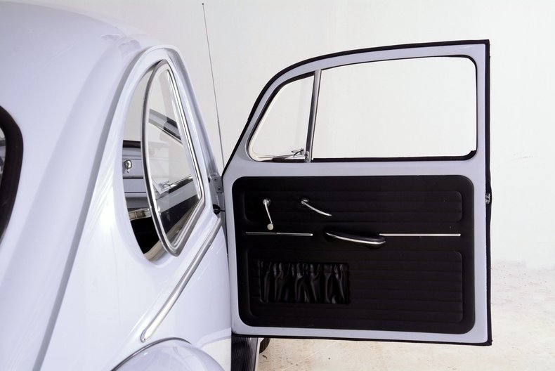 1966 Volkswagen Beetle Image 44