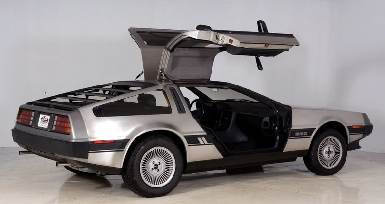 1981 DeLorean DMC-12 Image 3