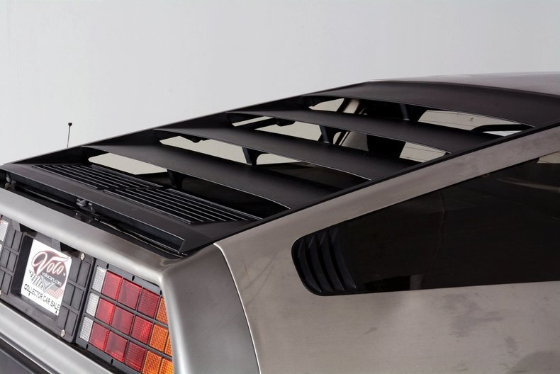 1981 DeLorean DMC-12 Image 15
